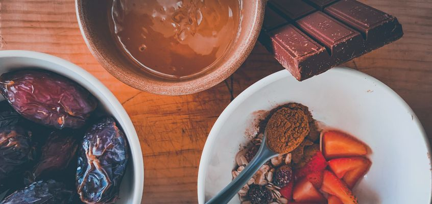 ingredientes receta vegana datiles rellenos de mantequilla de cacahuete 1