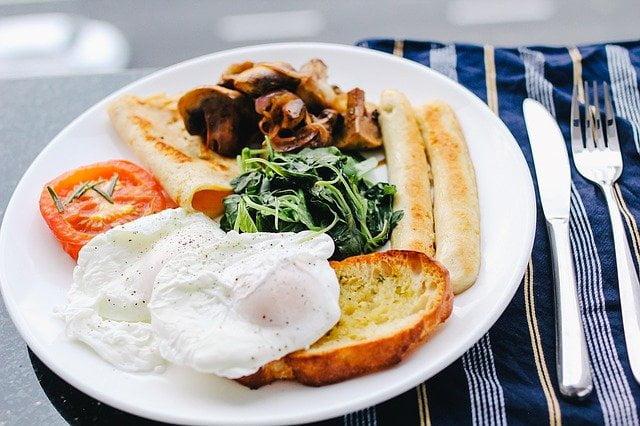 desayunos para diabéticos tostadas y huevos 1